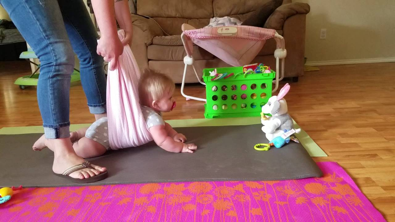 when do babies crawl and how to help | pregnancy related